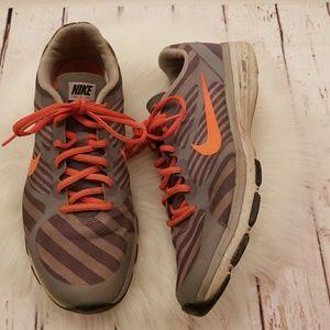 Nike Dual Fusion TR print Wolf running shoes sz 9